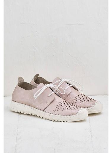 Elle Sneaker Pudra